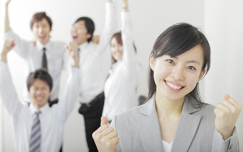 20代から派遣を選択してもキャリアアップはできる? 知っておきたいメリット&デメリット。_1