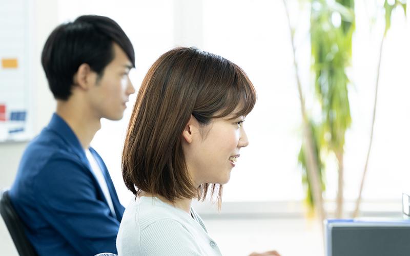 20代から派遣を選択してもキャリアアップはできる? 知っておきたいメリット&デメリット。_2_3