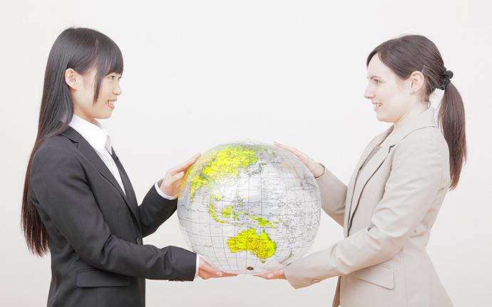 輸出入には絶対欠かせない役割!              英文事務の仕事内容_1