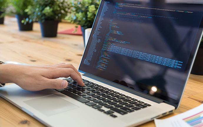 プログラマーって一体どんな仕事?              仕事内容や求められる能力_2