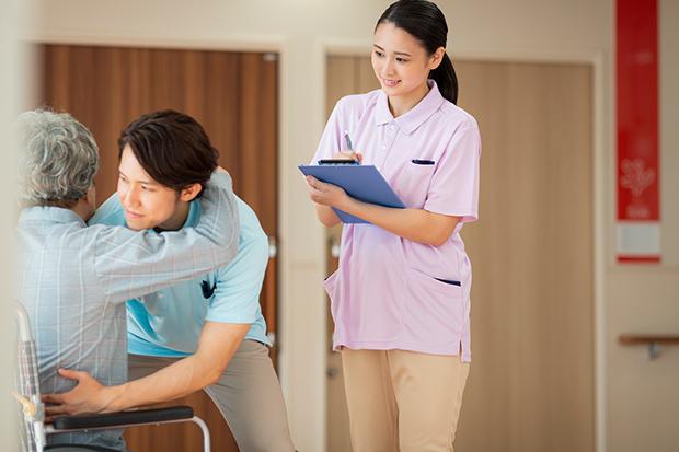 ニーズが高まる介護職に注目!介護サービスの種類や施設別の仕事内容をわかりやすく解説_3