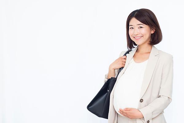 妊娠を会社に報告する時期はいつ?働く女性に聞いた!産休に入るまでの働き方アンケート