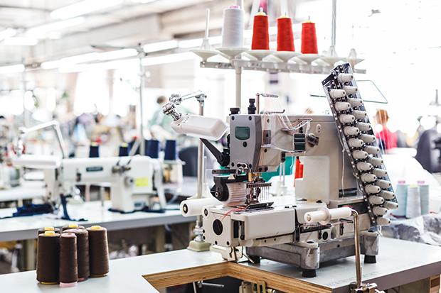 工場勤務は女性も多い!?女性が活躍している製造の仕事の現場を解説_1