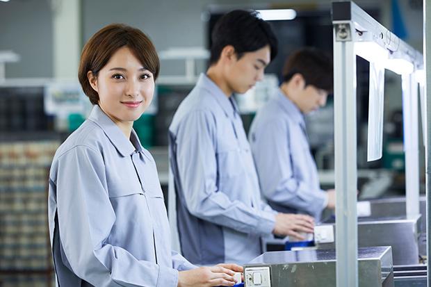 工場勤務は女性も多い!?女性が活躍している製造の仕事の現場を解説_4