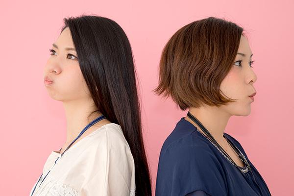 職場の人間関係を左右するマウンティング女子たちの実態!その心理と攻略法