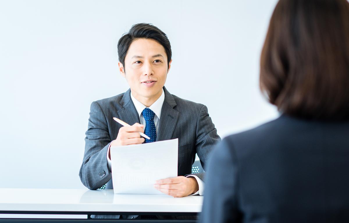 新卒の通年採用はいつから?メリットとデメリット、中小企業の対策を解説