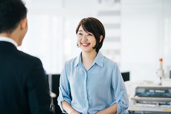 転職初日から実践できる!新しい職場への不安を解消する心構えとコミュニケーション術