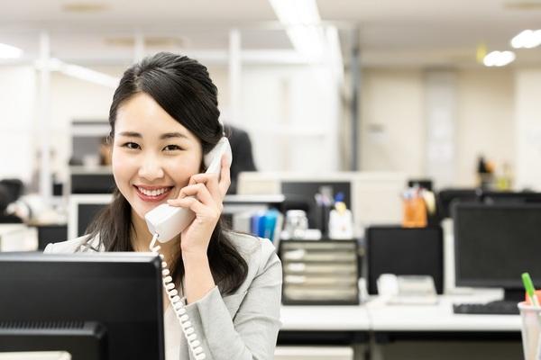 【例文付き】電話応対の基本マニュアル。マナーとコツをおさらい!