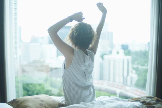 眠りが浅い人必見! 睡眠の質を向上させて睡眠不足を解消する5つのコツとおすすめ睡眠アプリ6選