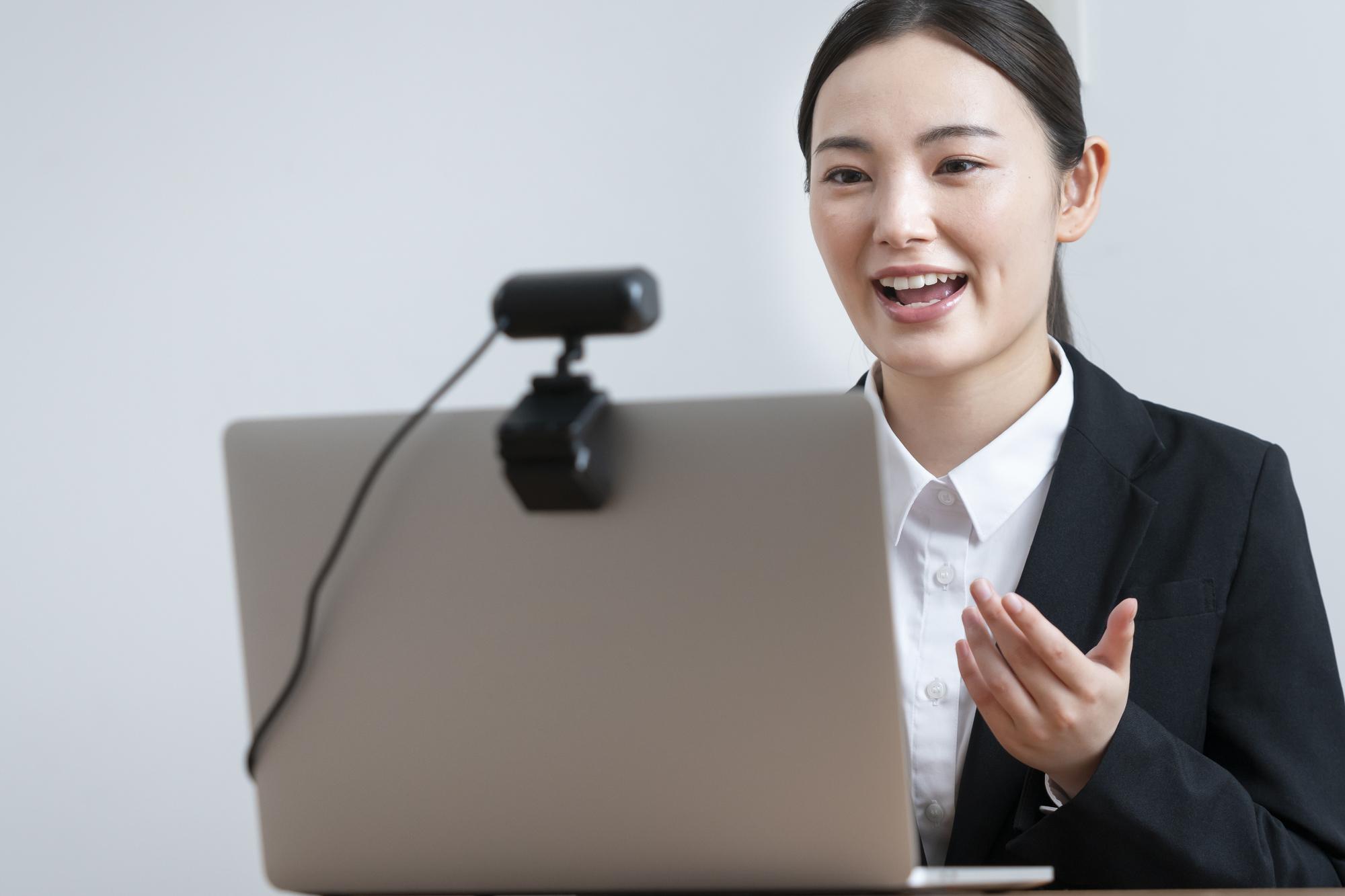 知っておきたいオンライン面接のポイントと事前準備!採用活動の拡大を効果的に_1