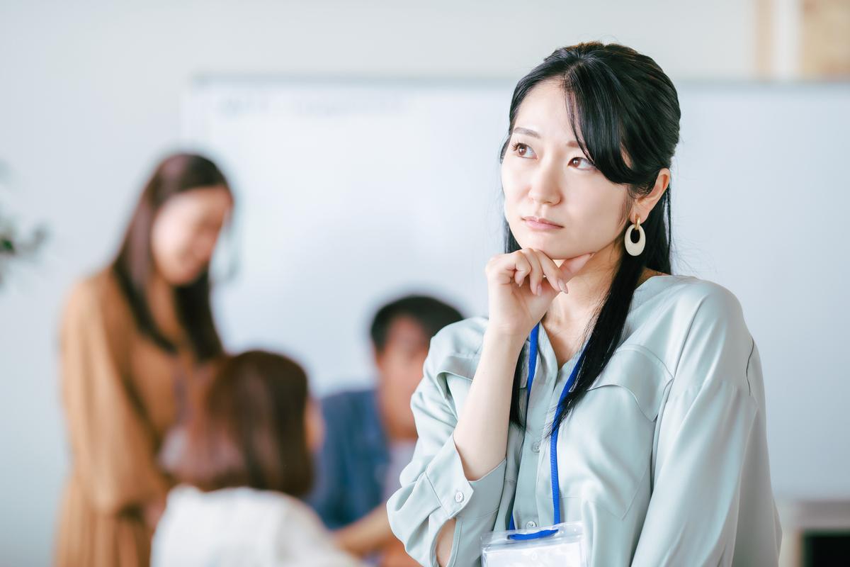 女性の人間関係は難しい?  職場ストレスを減らすための処世術