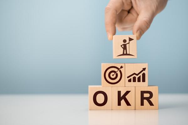 OKRとは? 設定方法や導入事例を紹介